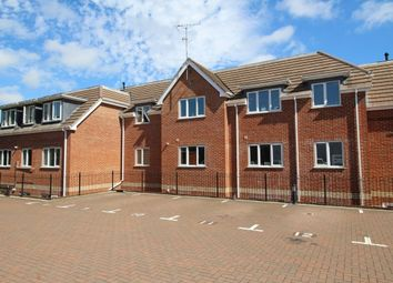 Thumbnail 2 bedroom flat to rent in Bursledon Road, Hedge End, Southampton