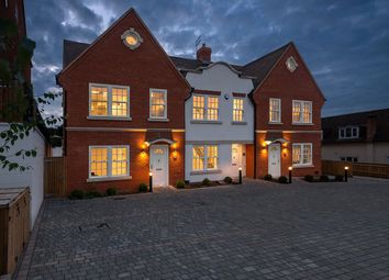 Kingsway, Chalfont St. Peter, Gerrards Cross, Buckinghamshire SL9. 4 bed town house for sale