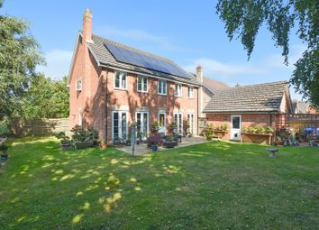 4 bed detached house for sale in Hoads Wood Gardens, Ashford TN25