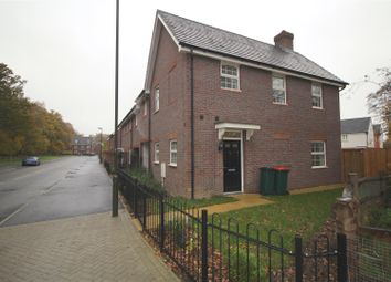 Thumbnail 4 bed property to rent in Somerley Drive, Crawley