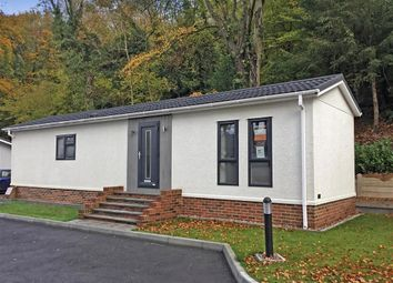2 bed mobile/park home for sale in Botsom Lane, West Kingsdown, Sevenoaks, Kent TN15