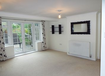 Thumbnail 2 bed flat to rent in High Street, Halling, Rochester