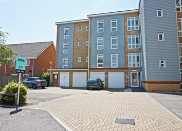 Thumbnail 2 bed flat for sale in 7, Little Hackets, Havant