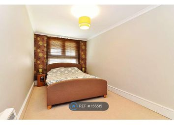 Thumbnail 3 bed flat to rent in Malting House, London