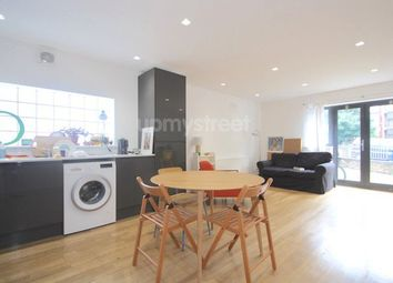 Thumbnail 2 bed flat to rent in Church Walk, London
