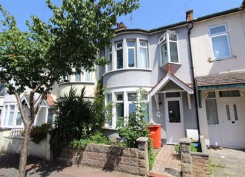 Thumbnail Room to rent in Beedell Avenue, Westcliff On Sea, Essex