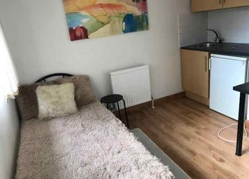 Thumbnail 1 bed flat to rent in French Horn Lane, Hatfield