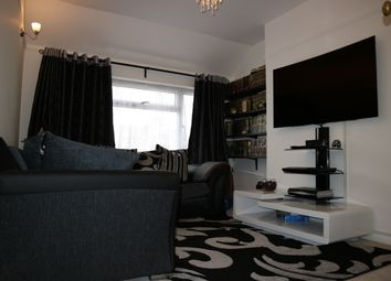Thumbnail 2 bed maisonette for sale in Cornwall Avenue, Slough