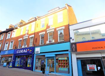 Thumbnail 1 bed flat to rent in Union Street, Aldershot