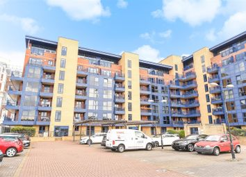 Thumbnail 3 bedroom flat for sale in Canute Road, Ocean Village, Southampton