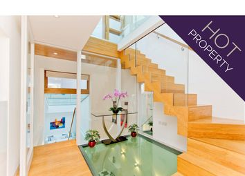 Thumbnail 2 bed mews house for sale in Gloucester Mews West, London