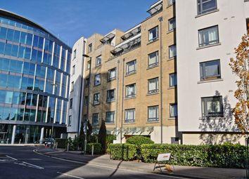1 bed flat to rent in Chertsey Road, Woking GU21