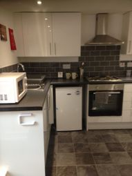 Thumbnail 1 bed flat to rent in Austhorpe Road, Leeds