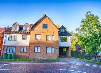 Thumbnail 1 bed flat to rent in The Acorns, Wynchlands Crescent, St.Albans