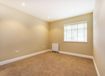 Thumbnail 1 bedroom flat to rent in Mansfield Road, South Croydon, Croydon