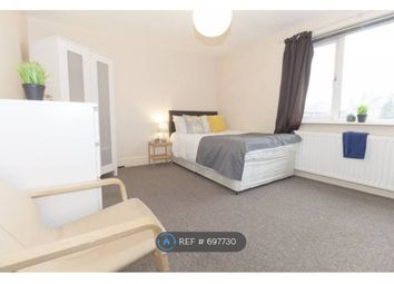 Room to rent in Savile Road, Castleford WF10