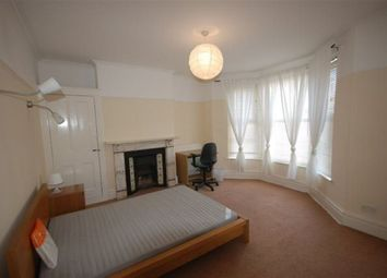 Thumbnail 6 bed property to rent in Claude Road, Roath, Cardiff