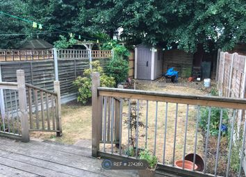 Room to rent in Lonsdale Road, London E11