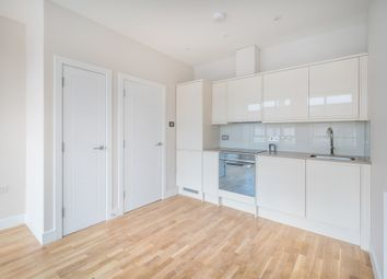 Thumbnail 1 bed flat to rent in Endsleigh Road, Merstham, Redhill