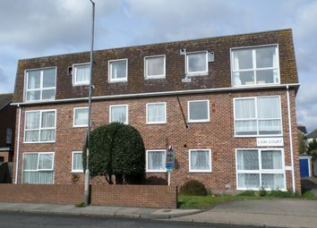 Thumbnail 1 bed flat to rent in London Road, Deal