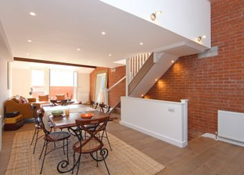 Thumbnail 2 bed mews house to rent in Elm Grove, London