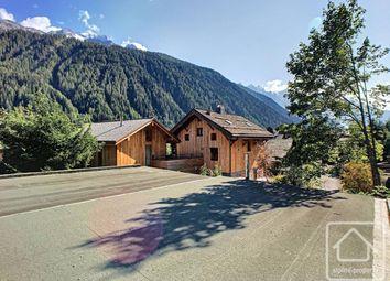 Rhône-Alpes, Haute-Savoie, Argentiere. 6 bed chalet