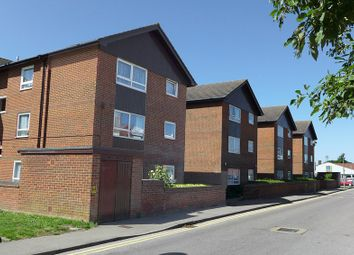 Thumbnail 1 bed flat to rent in Nightingale Way, Swanley