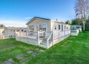 3 bed mobile/park home for sale in Butt Lane, Burgh Castle, Great Yarmouth NR31