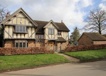 Thumbnail 4 bedroom detached house for sale in Upper Basildon, Reading