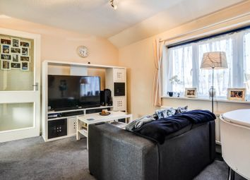 Thumbnail 1 bed flat to rent in Goodwin Close, Bewbush, Crawley