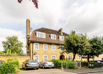 Thumbnail 2 bed flat to rent in Lushington Road, Beckenham Hill