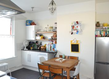 Thumbnail 1 bed flat to rent in Somerset Road, Redhill