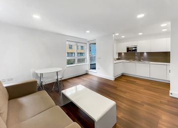 Thumbnail 2 bed flat to rent in Market Road, Islington