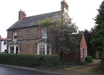 Thumbnail 2 bed property to rent in Queens Road, Thame