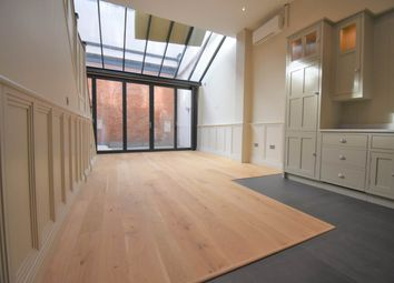 Thumbnail 2 bedroom flat to rent in 25 Bartholomew Street, Newbury, Berkshire