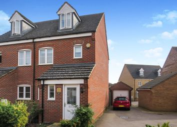 3 bed town house for sale in Lockhart Avenue, Oxley Park, Milton Keynes MK4