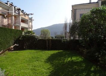 Thumbnail Apartment for sale in Via Vittorio Veneto 42, Sarnico, Bergamo, Lombardy, Italy