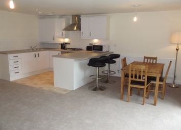 Thumbnail 2 bed flat to rent in Y Bae, Bangor