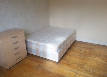 Thumbnail Room to rent in Woodside Road, Wood Green