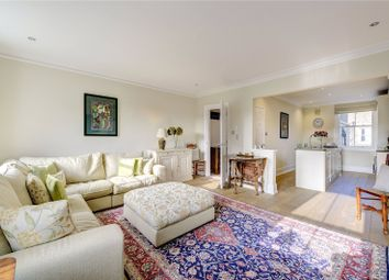 Thumbnail Flat to rent in Kings Road, Chelsea