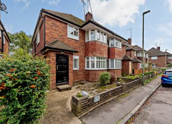Holders Hill Road, London NW7. 2 bed flat for sale
