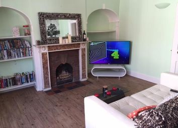 Thumbnail 2 bed flat to rent in Temple Street, Aylesbury