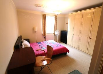 Thumbnail Room to rent in Monarch Way, Ilford, Essex