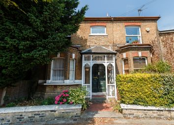 Thumbnail 2 bed flat for sale in Glenhurst Road, Brentford, London