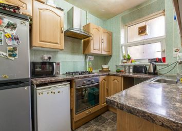 Thumbnail 2 bed flat for sale in Darling Row, Whitechapel
