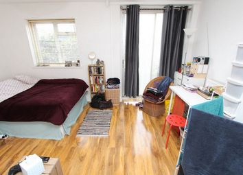 Thumbnail Room to rent in Jamaica Street, Stepney Green