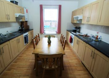 Thumbnail 9 bed terraced house to rent in Cardigan Road, Headingley, Leeds