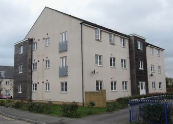 2 bed flat to rent in College Way, Filton, Bristol BS34