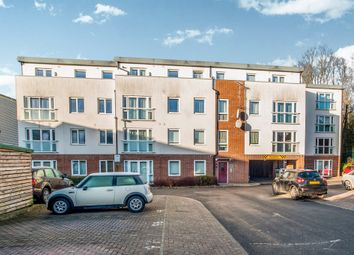 Thumbnail 2 bedroom flat for sale in Queen Marys Avenue, Watford