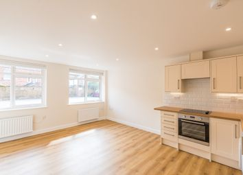 Thumbnail 1 bed flat to rent in George Street, Banbury